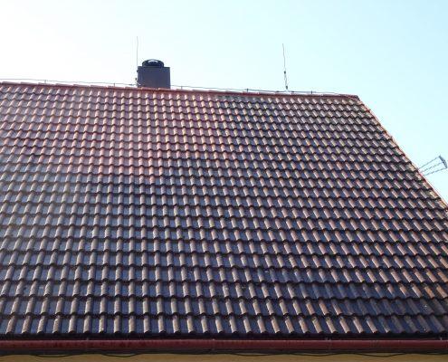 Rozdíl umytá střecha